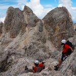 Mit den Fingerspitzen den Himmel berühren: Eine Dolomiten Hüttenwanderung in Bildern